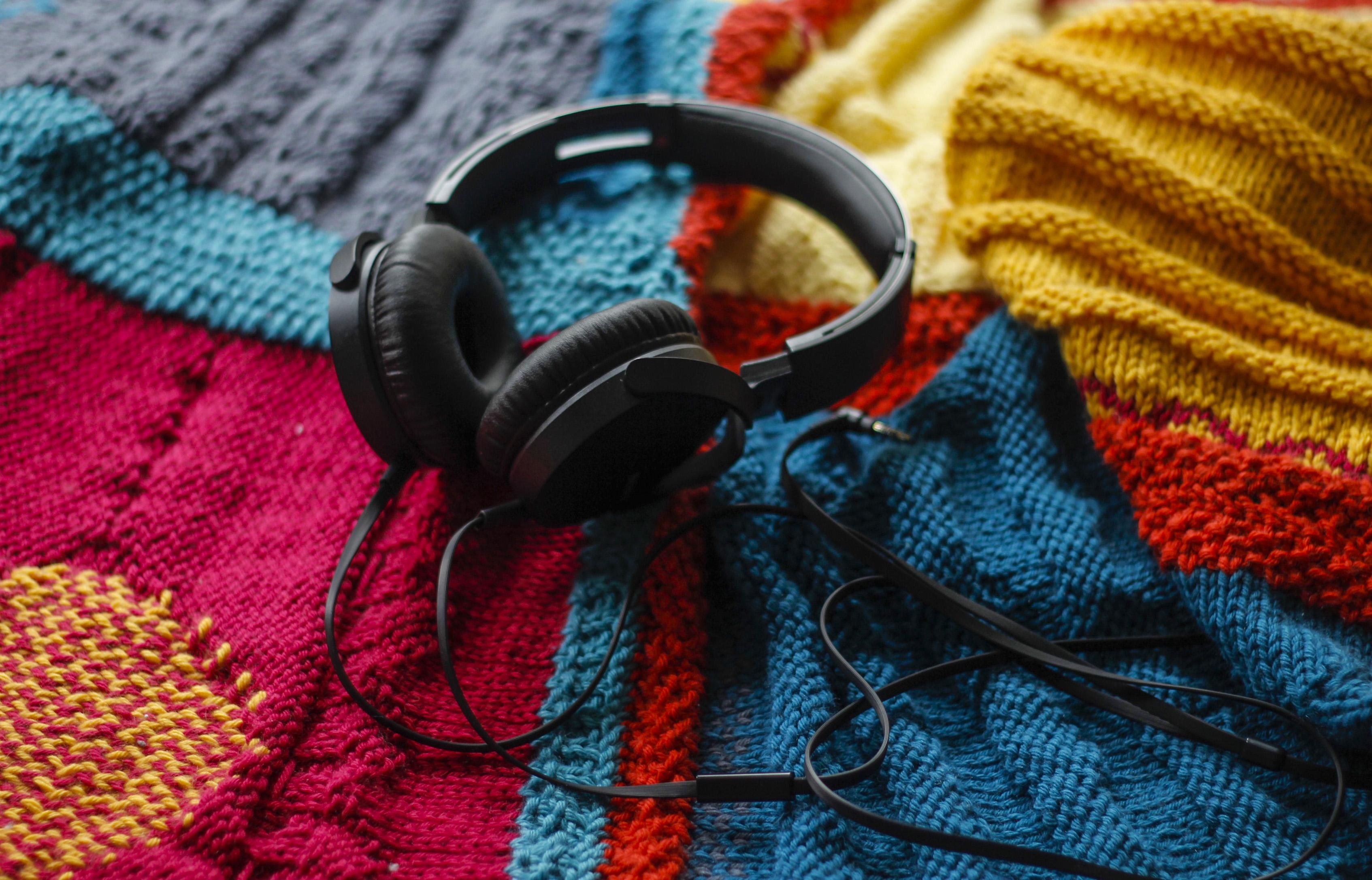 Labour_Headphones.jpg